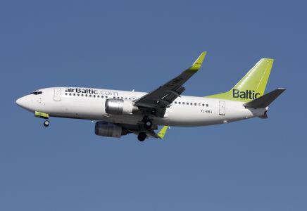 Air Baltic Boeing 737-300