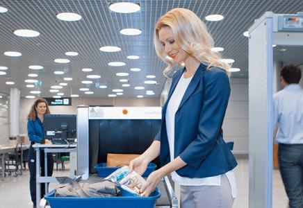 Sicherheitskontrolle Flughafen Zürich