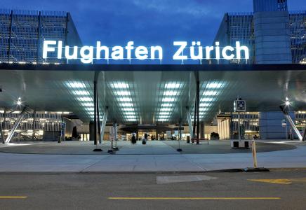 Flughafen Zürich Busdach