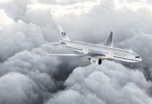 Crystal Air Cruises- Boeing 777 in clouds - Foto Crystal AirCruises