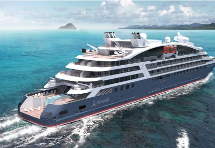 BACK SHIP_EXPLORER (c) PONANT - STERLING DESIGN INTERNATIONAL