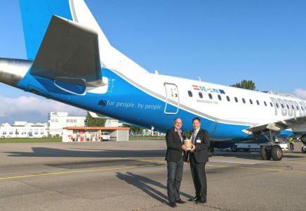 Daniel Steffen, CEO People's Air Group und Dipl.-Ing. Helmut Mennel, Vorstandsmitglied illwerke vkw