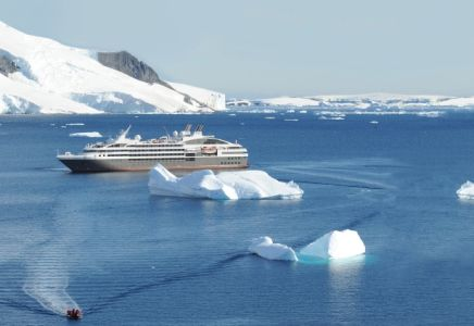 Ponant en Antarctique