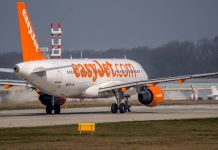 Easyjet au décollage de Genève Aéroport