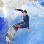 Surfen in der Jochen Schweizer Arena_Copyright jochen-schweizer (2)