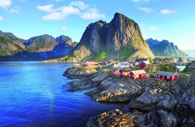 Malerische Fischerdörfer auf den Lofoten