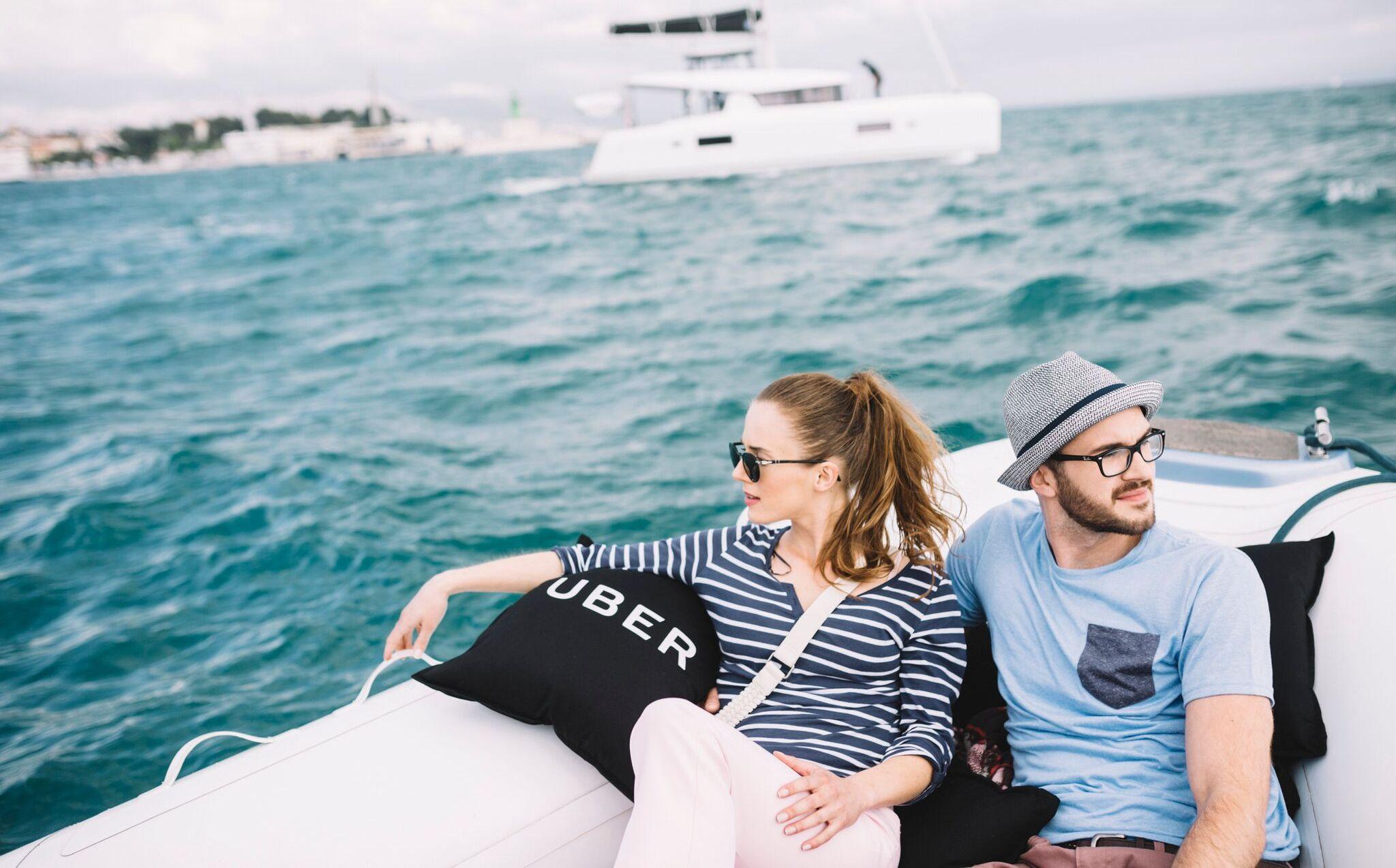 Per Knopfdruck Ein Schnellboot Uber Boat Startet In Kroatien