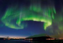 Nordlys Lyngenfjorden. Foto©Jan R Olsen.