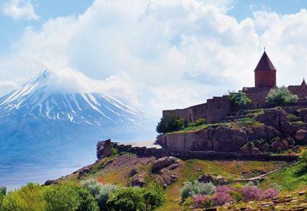 © iStock.com/Khadi Ganiev