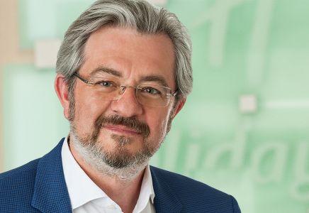 Portrait Uwe Schulze-Clewing